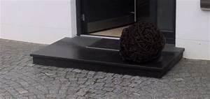Schwarzer Granit Qm Preis : treppen podeste ~ Markanthonyermac.com Haus und Dekorationen