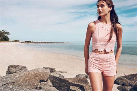 Malibu Muse 6 Beach-Ready Outfit Ideas from Hu0026M