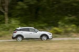 Essai Mazda Cx 3 Essence : essai comparatif mazda cx 3 vs renault captur le match des petits suv photo 9 l 39 argus ~ Gottalentnigeria.com Avis de Voitures