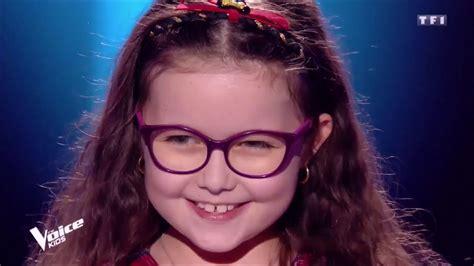 Elle interprète avec émotion la chanson je suis malade de serge lama. Emma The Voice Kids 5 - YouTube