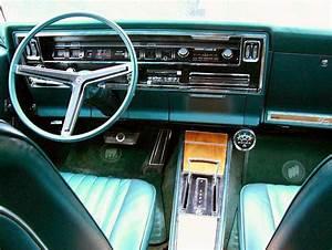 1966-1967 Buick Riviera interior, images