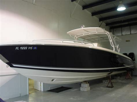 Midnight Express Boats Cabin by 2005 Midnight Express 39 Cuddy Cabin Power Boat For Sale