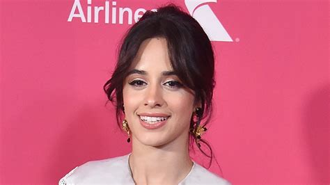 Camila Cabello Break Dances Performs Havana Acoustic