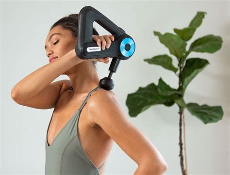 How To Use A Theragun Massage Gun For Muscle Recovery   Goop