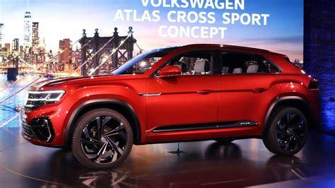 volkswagen atlas cross sport concept previews