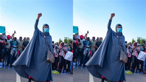 Police officers shoot at Aisha Yesufu during #EndSARs ...