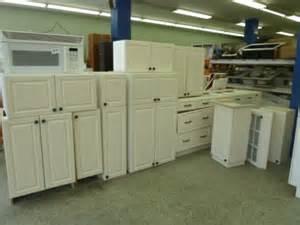 cuisine equipee pas cher occasion restore meubles mat 233 riaux et d 233 co pas chers pour une bonne cause d 233 conome