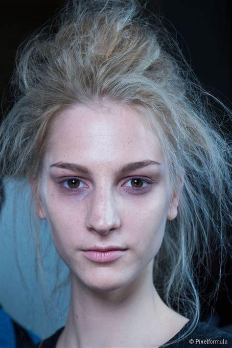 halloween hair tutorial zombie updo