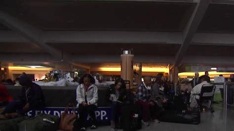 atlanta airport loses power trapping travelers  planes