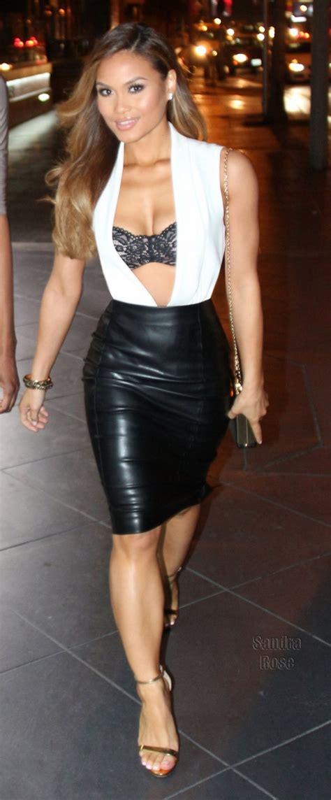model daphne joy   heading   dinner