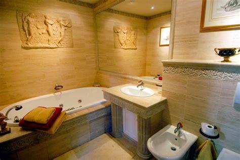 cuisine grecque antique déco salle de bain grecque