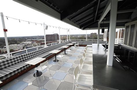 The Byrd House Rooftop Bar Opens At The Graduate Richmond