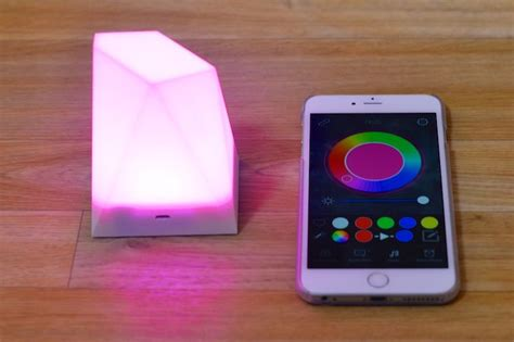 iphone controlled lights review dotti and notti are iphone controlled smart