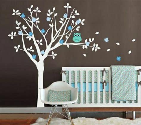 chambre bebe mickey 16 stickers muraux pour bien décorer la chambre de bébé