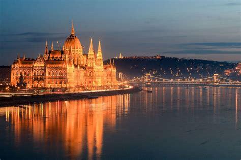 days  budapest   places  visit