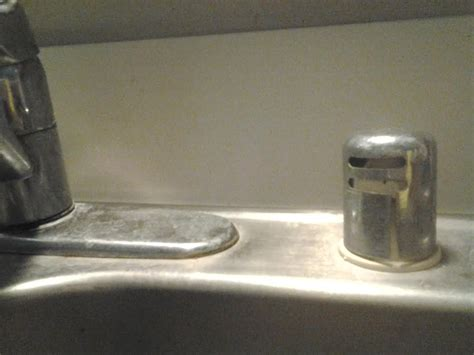 both sides of kitchen sink clogged kitchen sink clogged on both sides how to fix a clogged 9314