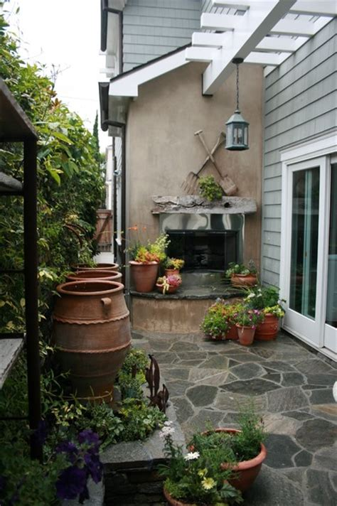 small patio and side yard style patio los angeles by kelley company home