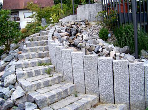 Mauern, Stützwände Und Treppen In Der Gartengestaltung