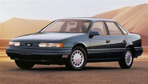 ford taurus  rolled   production