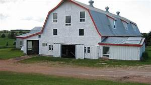 barns pei farm for sale With barn stalls for sale