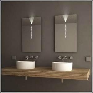 Badspiegel Mit Led Beleuchtung Und Ablage : badspiegel mit led beleuchtung und ablage iv55 hitoiro ~ Bigdaddyawards.com Haus und Dekorationen