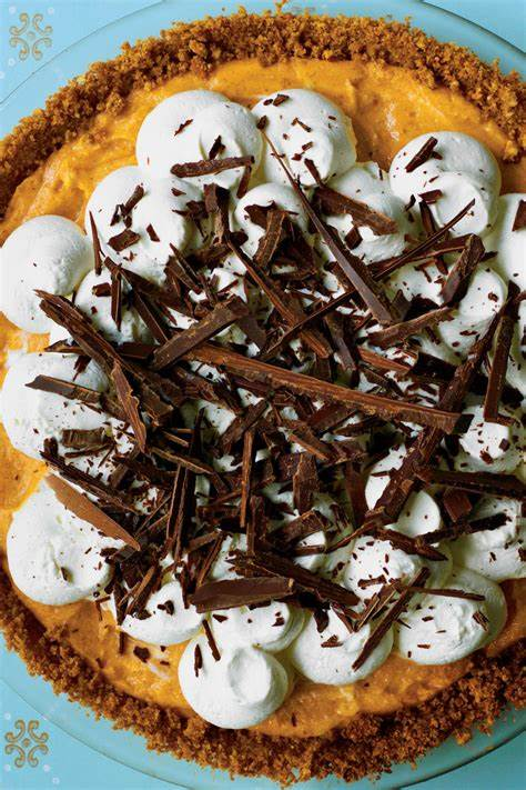 Splurge worthy thanksgiving dessert recipes southern living. Perfect and Easy Pumpkin Pie Recipes - Southern Living