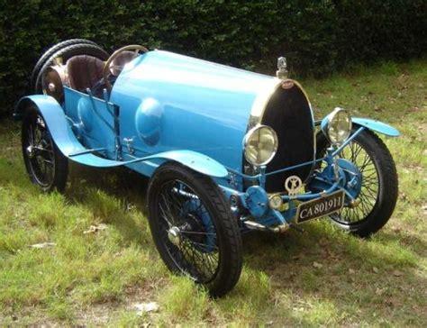 Chat c'est chouette   no. 1925 Bugatti Type 23 Brescia - SA Classic