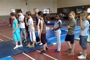 Sport En Salle : activit s sportives ~ Dode.kayakingforconservation.com Idées de Décoration
