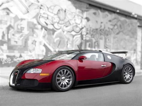 To help you decide which is the stronger ride — mclaren's f1 (the former fastest car in the world) or bugatti's veyron super sport (the current champ), there's supercar comparison site twinrev.com. Bugatti Veyron, McLaren F1: Most expensive car auction ever