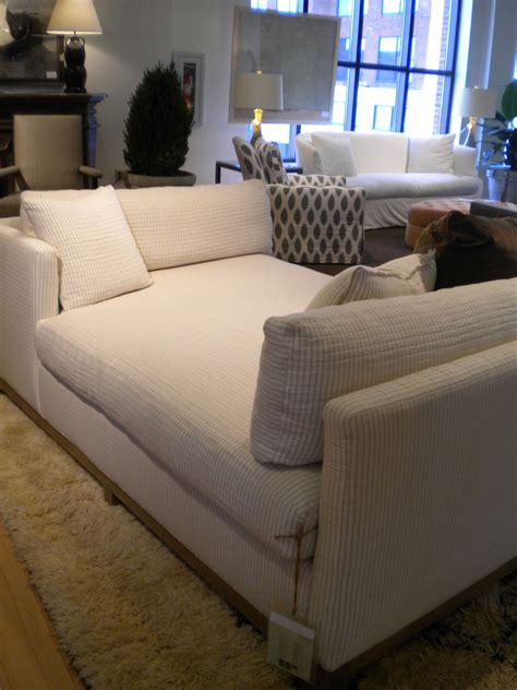 love   chaise lounge living room double chaise