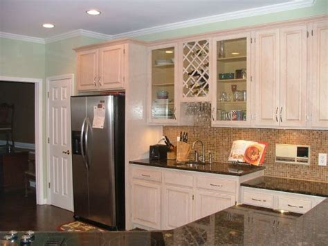 pickled oak cabinets kitchen 25 best images about kitchen ideas on oak