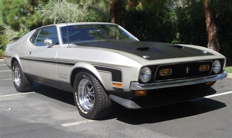 ford mustang boss  fastback