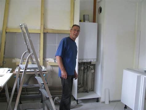 comment cacher une chaudi鑽e dans une cuisine charmant comment cacher une chaudiere dans une cuisine 2 chaudiere gaz condensation viessmann integration placard cuisine daiit com