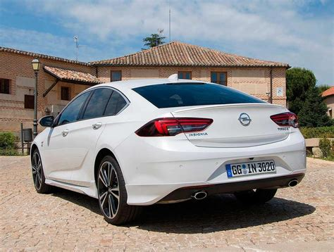 Opel Insignia Review by Opel Insignia 2020 Car Review Car Review