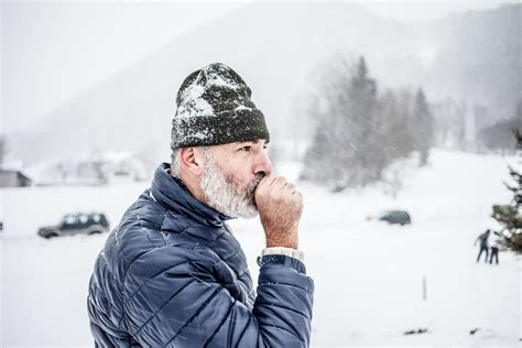 5 Cold Weather Precautions For People With Heart Disease