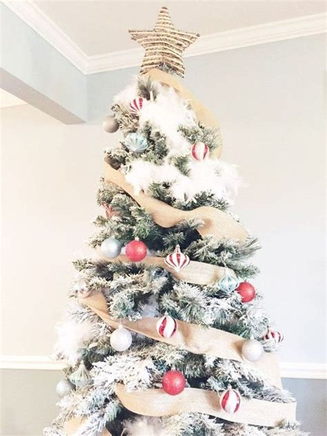 flocked christmas tree decor ideas digsdigs