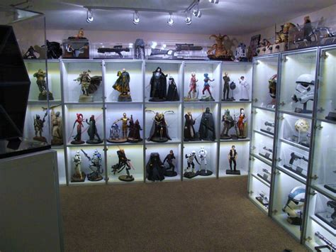 featured collector nate  sideshow collectibles