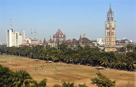 mumbai   pics    waste  time