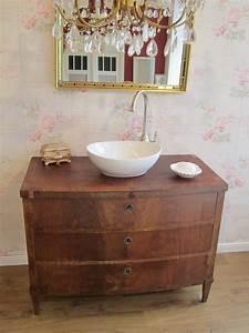 Badmöbel Vintage Look : waschtisch antik in neuem look f r das besondere bad mit wohlf hlfaktor ~ Bigdaddyawards.com Haus und Dekorationen