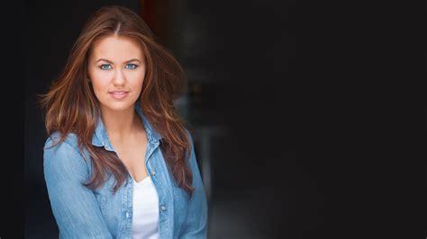 Cara Mund - Miss America 2.0