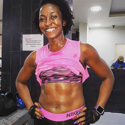 actress kate henshaw actress kate henshaw shows off her abs photo awesome