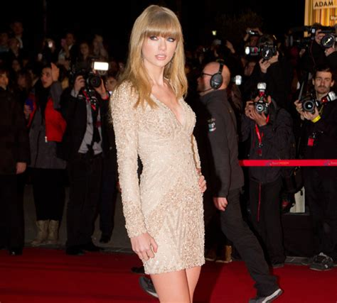 Taylor Swift discusses her new look. | HELLO!