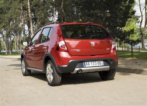 sandero renault price the renault sandero stepway hatchback 2013 prices and