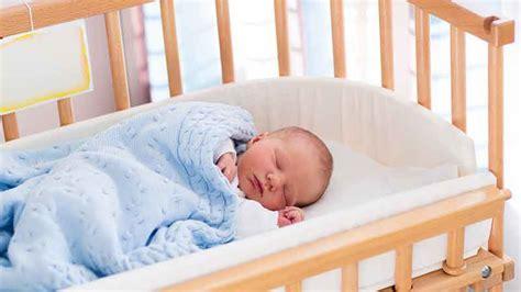 la chambre des morts sommeil bébé sur le ventre le dos le côté comment