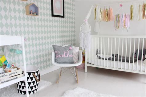 chambre bebe fille deco stunning decoration chambre bebe jaune photos design