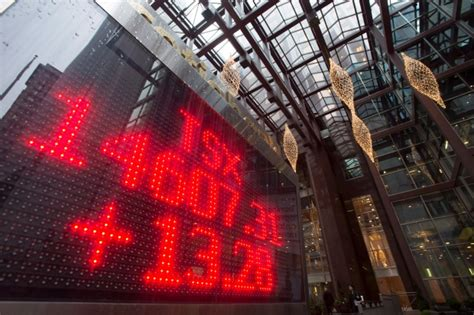 sleep country kitchener tsx falls 163 points miners sell copper at 6 year 2315