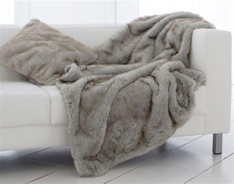 jeté de canapé grande taille plaid et jetés imitation fourrure becquet