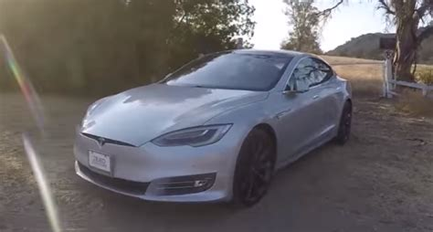 Tesla Model S P90d Autopilot In The Canyons