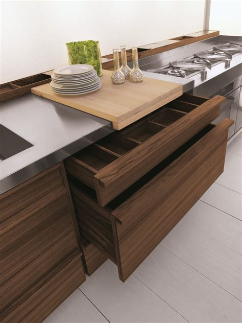 Linear Fitted Kitchen Onlyone By Riva 1920 Design Terry Dwan