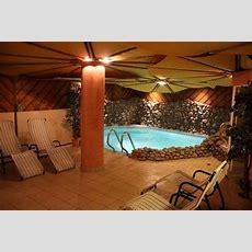 """""""der Wellnessbereich Mit Pool"""" Hotel Zum Hirschen (zell"""